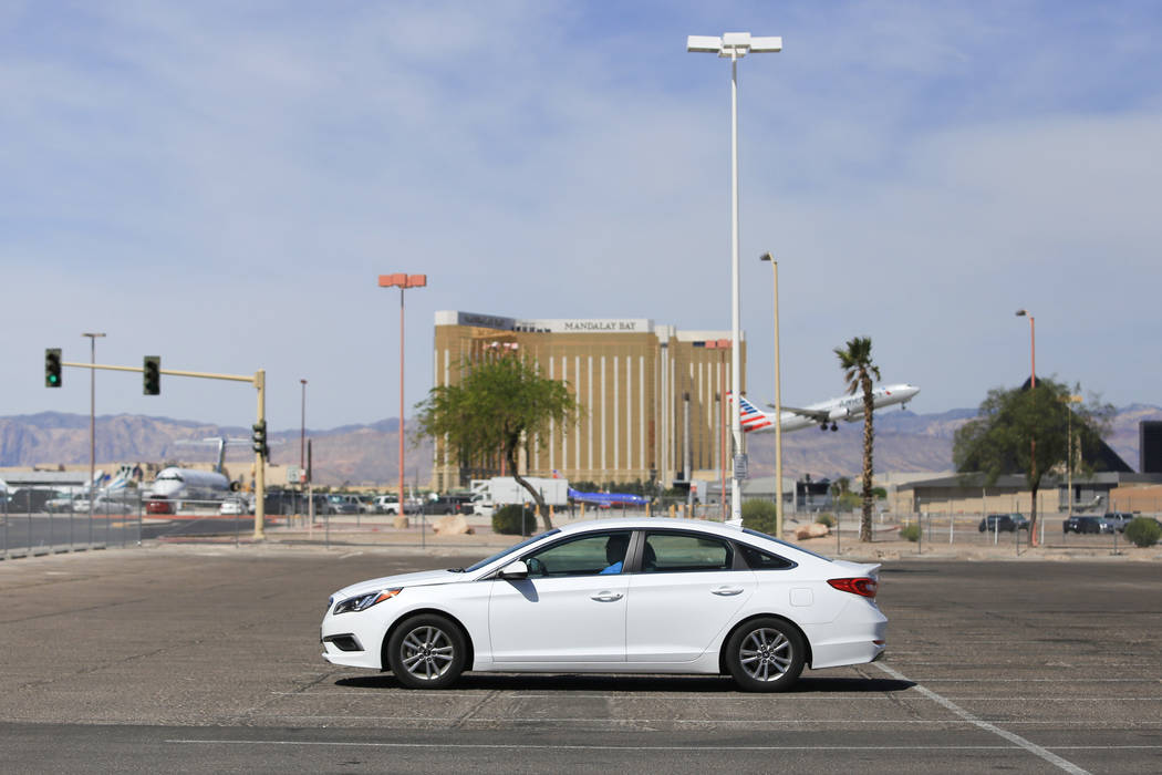 A lone car sits in the at the cell phone lot of McCarran International Airport in Las Vegas on Thursday, April 27, 2017. Brett Le Blanc Las Vegas Review-Journal @bleblancphoto