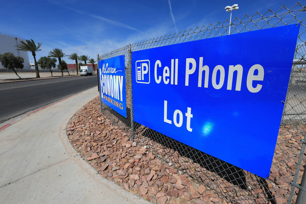 A sign marks the entrance to the cell phone lot of McCarran International Airport in Las Vegas on Thursday, April 27, 2017. Brett Le Blanc Las Vegas Review-Journal @bleblancphoto