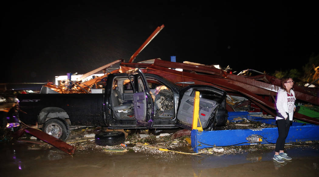 9 killed by storms and flooding in South and Midwest