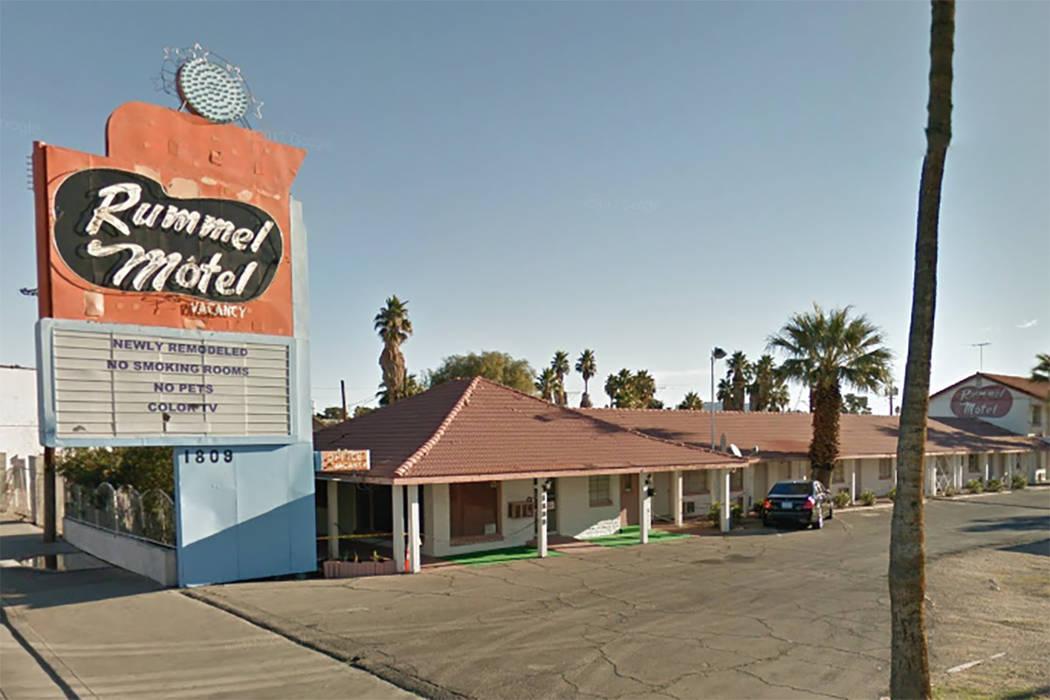fire damages vacant downtown las vegas motel las vegas. Black Bedroom Furniture Sets. Home Design Ideas