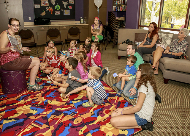 Inspirada resident Barbra Konrad uses social media to offer events, such as this storytime hour. (Elke Cote/RJRealEstate.Vegas)