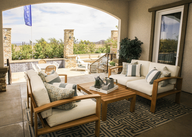 Toll Brothers Offers Indoor Outdoor Living Design Las Vegas Review