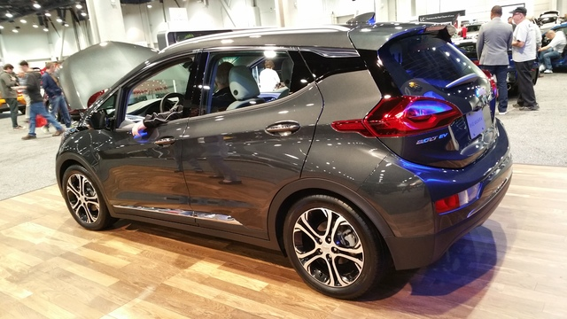 chevy bolt ev is motor trend car of the year las vegas review journal. Black Bedroom Furniture Sets. Home Design Ideas