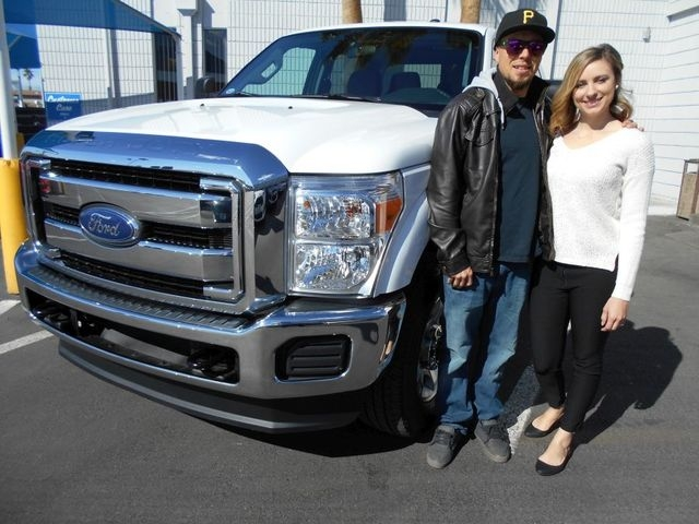 Couple Purchase F 250 Crew Cab Xlt From Friendly Ford