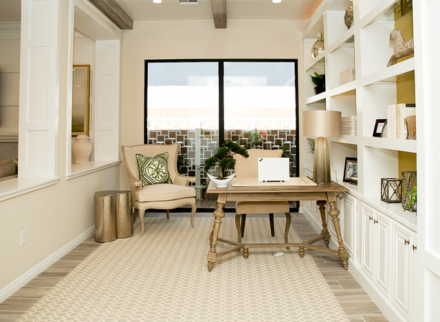 One of the Regency rooms was made into this office. (TONYA HARVEY/RJRealEstate.Vegas)