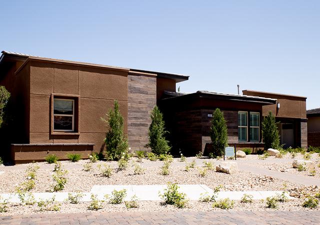 One the Regency model-homes. (TONYA HARVEY/RJRealEstate.Vegas)