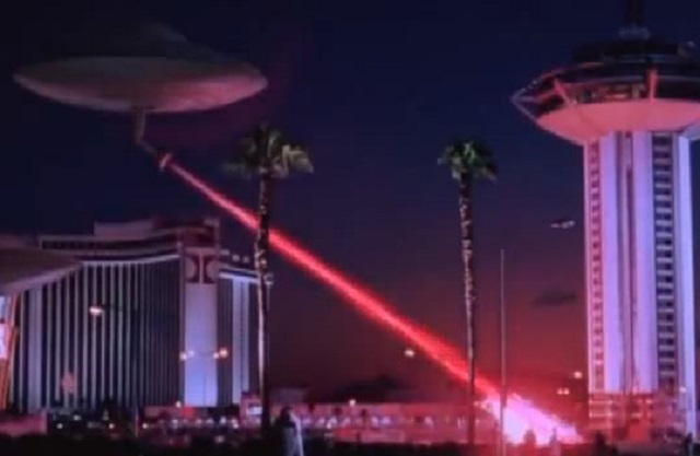"Martians destroy Las Vegas and other world-famous locations in 1996's sci-fi comedy ""Mars Attacks!"" (Warner Bros./YouTube)"