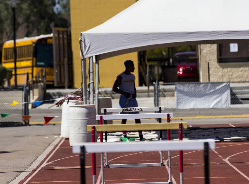 R.J. McCarter during track practice at Bonanza High School in Las Vegas on Thursday, May 4, 2017. Miranda Alam Las Vegas Review-Journal @miranda_alam