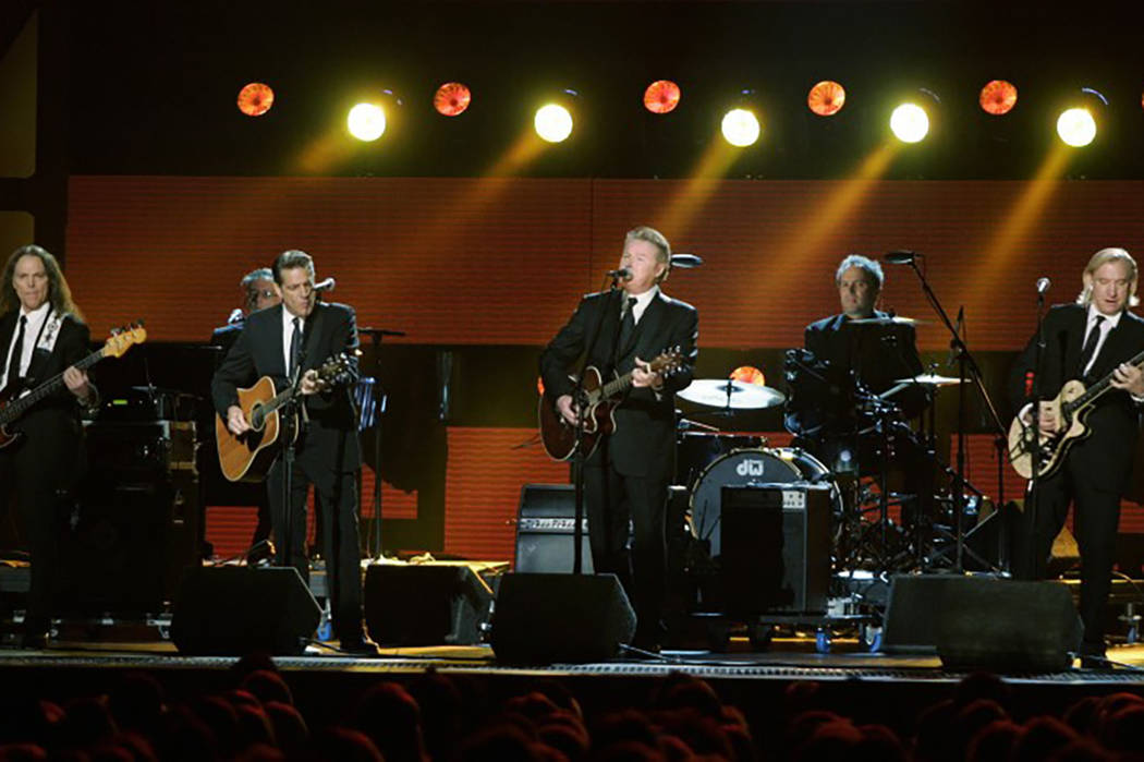 The Eagles perform during the 42nd Country Music Awards in Nashville, Tennessee, November 12 , 2008. Tami Chappell/Reuters