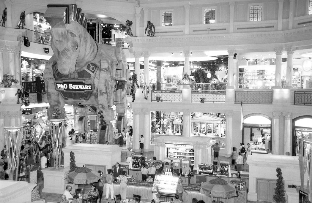 Interior images of the Forum Shops in 1998. Caesars Palace / Forum Shops