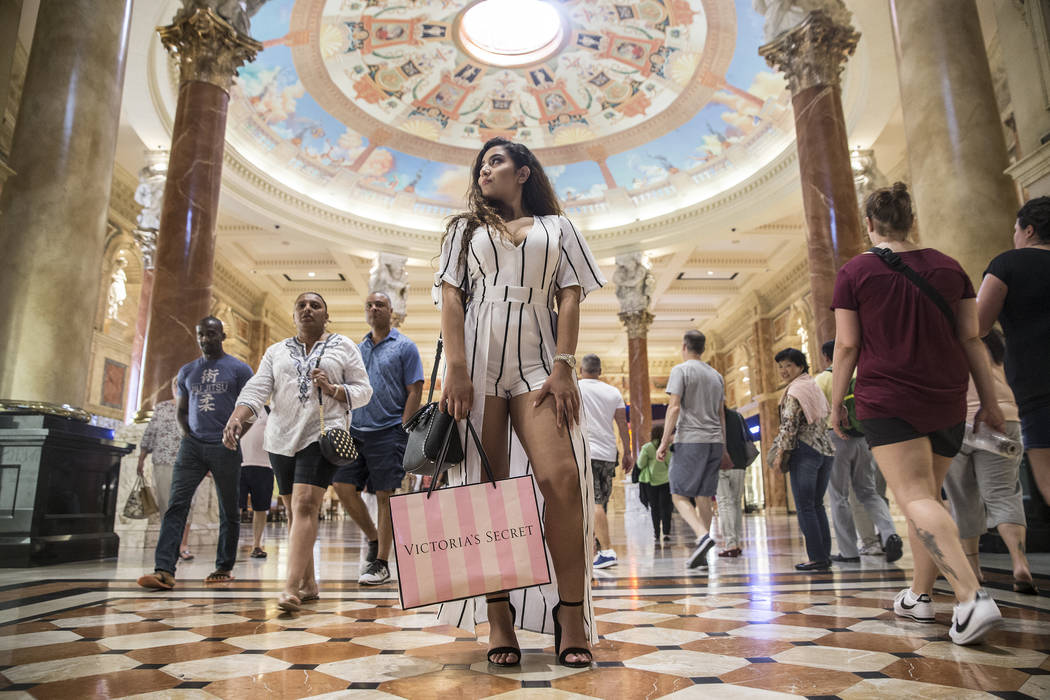 Shihana Abulebdeh Shoppers shops at the Forum Shops on Wednesday, May 3, 2017, at Caesars Palace hotel-casino, in Las Vegas. Benjamin Hager Las Vegas Review-Journal @benjaminhphoto