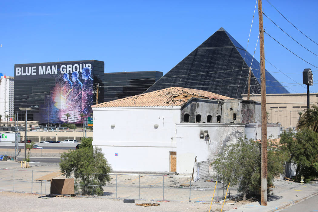 The abandoned building at 5285 Dean Martin Drive sits across from the proposed Raiders Stadium site on Thursday, May 4, 2017, in Las Vegas. Brett Le Blanc Las Vegas Review-Journal @bleblancphoto
