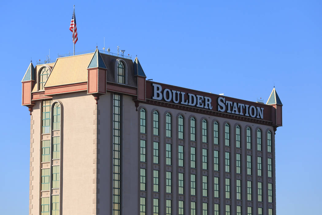 man fires shot  robbery attempt  boulder station las vegas review journal