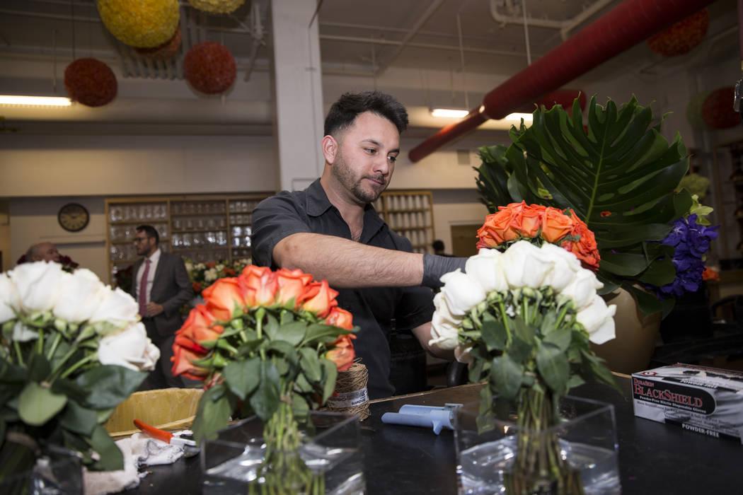Florist Yobani Gomez prepares roses at the Wynn Las Vegas floral studio Tuesday, May 9, 2017, in Las Vegas. Erik Verduzco Las Vegas Review-Journal Follow @Erik_Verduzco