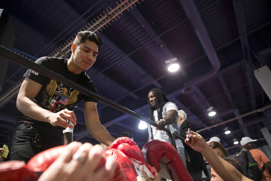 Jessie Vargas signs autographs for fans during the Box Fan Expo at the Las Vegas Convention Center on Saturday, May 6, 2017, in Las Vegas. Erik Verduzco Las Vegas Review-Journal @Erik_Verduzco