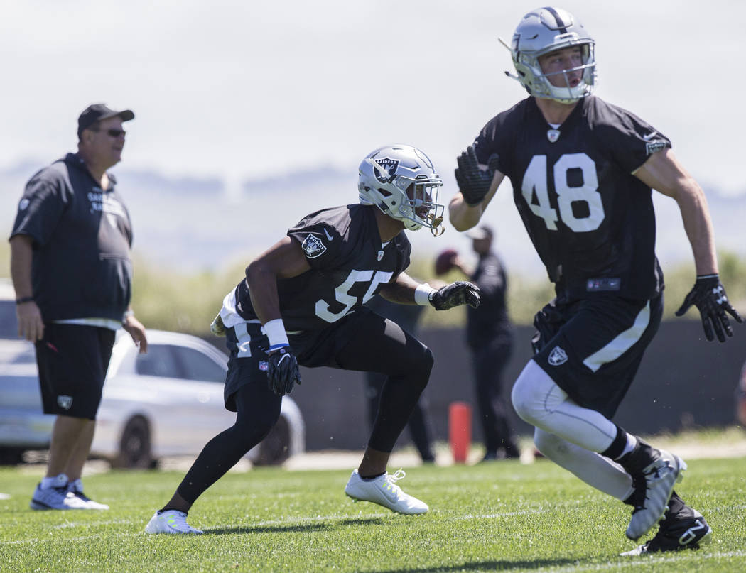 Raiders fifth-round draft pick Marquel Lee (55) works through linebacker drills during rookie minicamp on Friday, May 5, 2017, at Oakland Raiders Headquarters, in Alameda, Calif. (Benjamin Hager/L ...