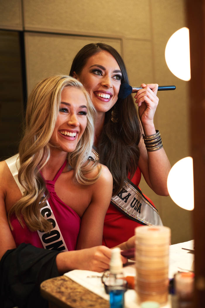 2017 Miss Wisconsin Skylar Witte and 2017 Miss Alaska Alyssa London do their makeup after arriving in Las Vegas on Thursday, May 4, 2017. (Miss Universe Organization)