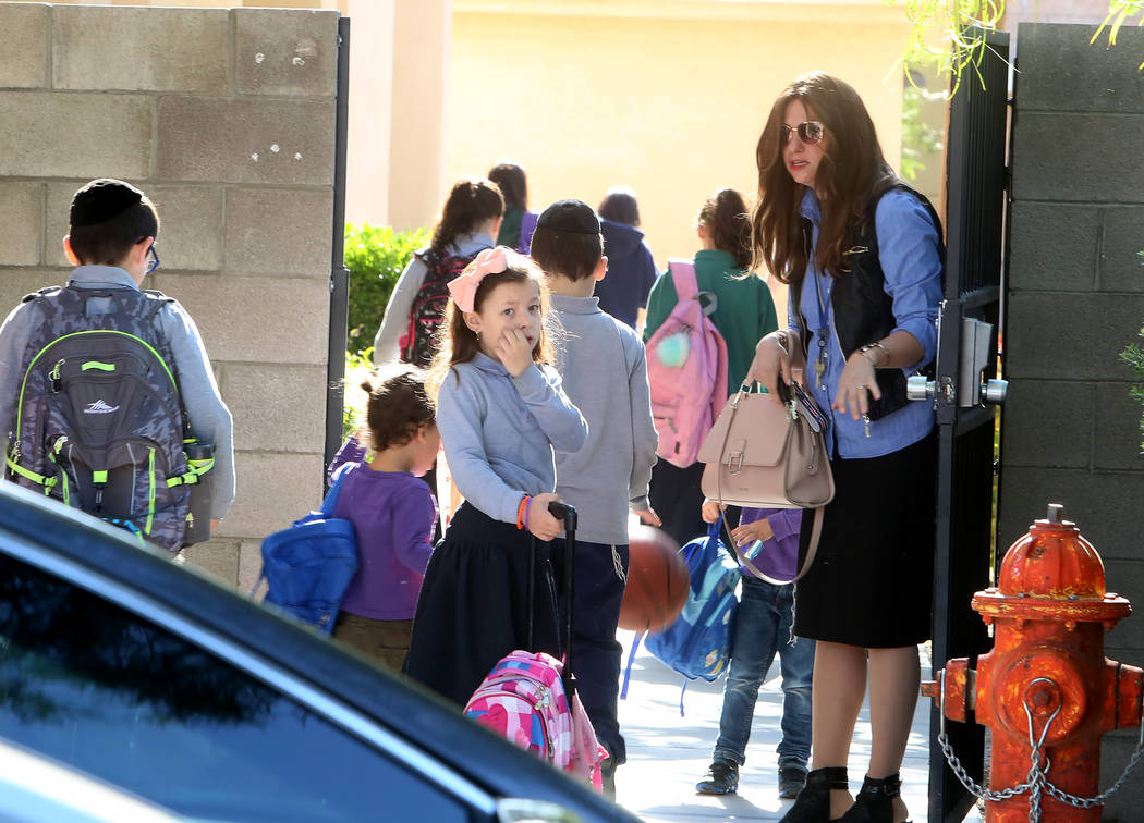 Children arrive at a Las Vegas Jewish center, Desert Torah Academy, 1261 Arville St., near West Charleston Boulevard Tuesday, May 9, 2017. Bizuayehu Tesfaye Las Vegas Review-Journal @bizutesfaye