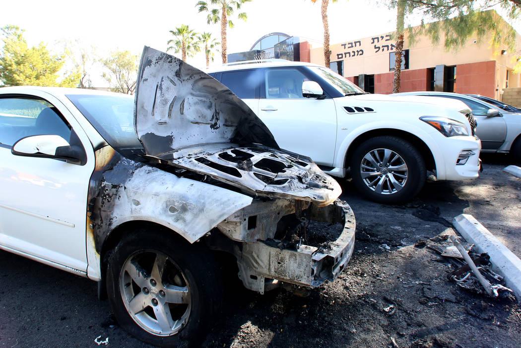 Burnt car sits outside a Las Vegas Jewish center, Desert Torah Academy, 1261 Arville St., near West Charleston Boulevard Tuesday, May 9, 2017. Bizuayehu Tesfaye Las Vegas Review-Journal @bizutesfaye