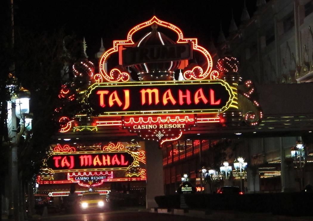 The entrance to the Trump Taj Mahal Casino resort in Atlantic City, N.J., Oct. 24, 2014. (Wayne Parry/AP)