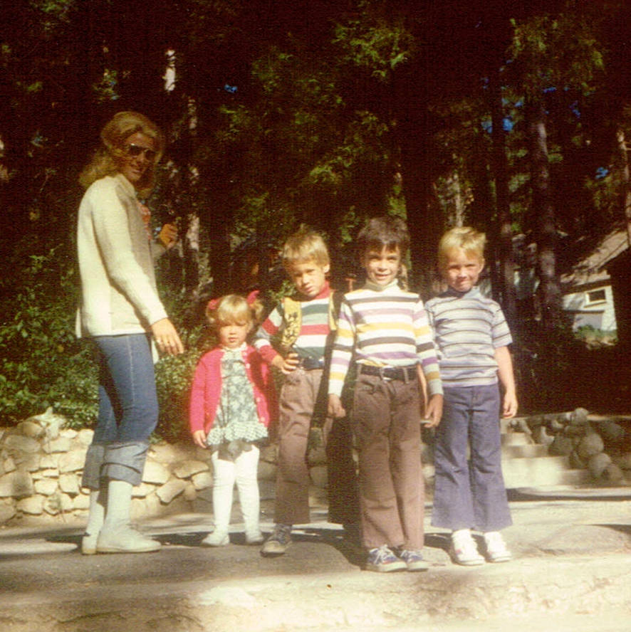 Before she opened the Meadows School or served as Las Vegas mayor, Carolyn Goodman was a full-time mother, raising her four children, from left, Cara, Ross, Oscar Jr., and Eric in Las Vegas. Photo ...