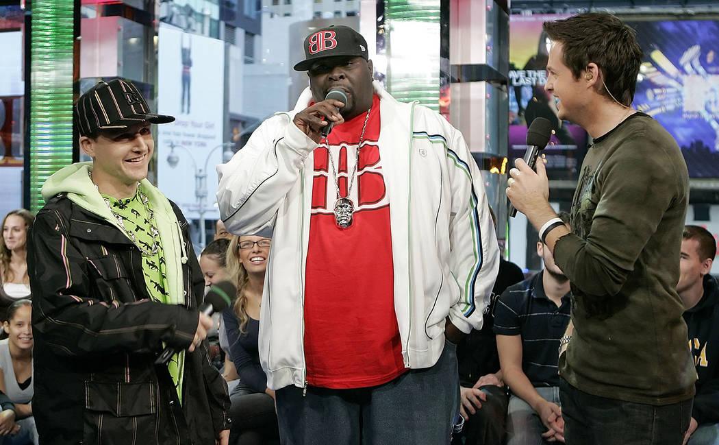 "Professional street skater Rob Dyrdek, left, and Christopher ""Big Black"" Boykin, center, appear on MTV's Total Request Live with host Damien Fahey, Thursday, Nov. 2, 2006 at MTV  ..."