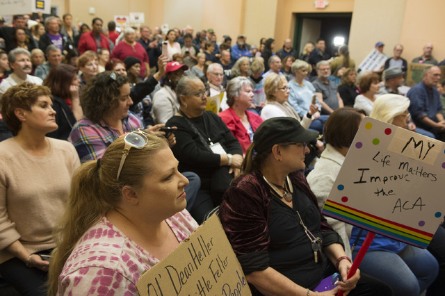 Hundreds gathered for a town hall meeting to discuss about health care, minimum wage, immigration and protecting the environment at Las Vegas Clark County Library on Feb. 23 in Las Vegas. (Bridget ...