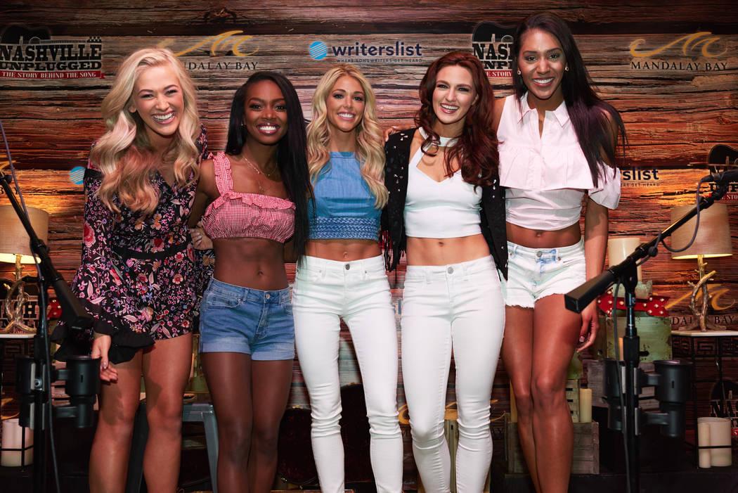 Skylar Witte, Miss Wisconsin USA 2017; Whitney Wandland, Miss Illinois USA 2017; Kelsey Weier, Miss Iowa USA 2017; Jacqueline Carroll, Miss Virginia USA 2017; and Catherine Carmichael, Miss Kansas ...