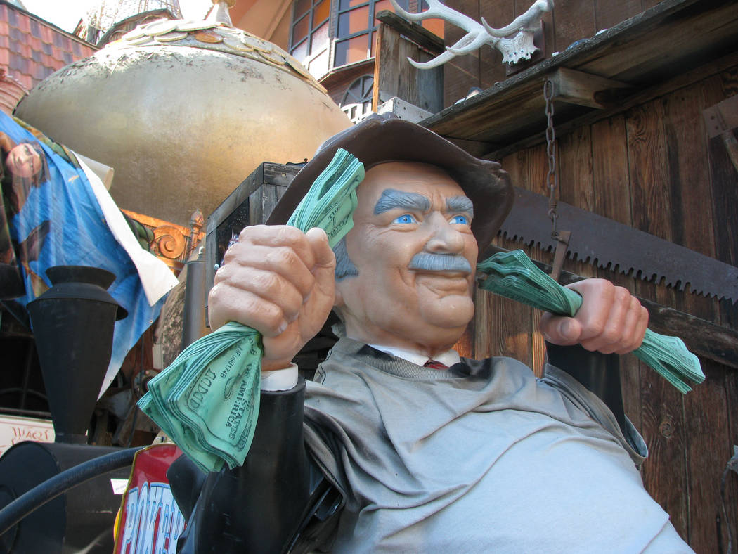 """A statue of Buddy Ebsen as Jed Clampett from """"The Beverly Hillbillies"""" was on display at Dr. Lonnie Hammargren's home in 2011. (F. Andrew Taylor/Review-Journal)"""