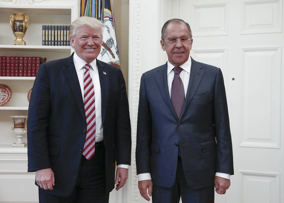 President Donald Trump, left, meets with Russian Foreign Minister Sergey Lavrov at the White House in Washington, Wednesday, May 10, 2017. (Russian Foreign Ministry Photo via AP)