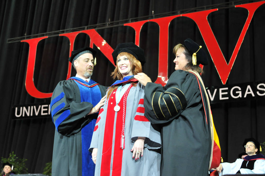Woman delays lung cancer surgery to walk at UNLV graduation – Las ...