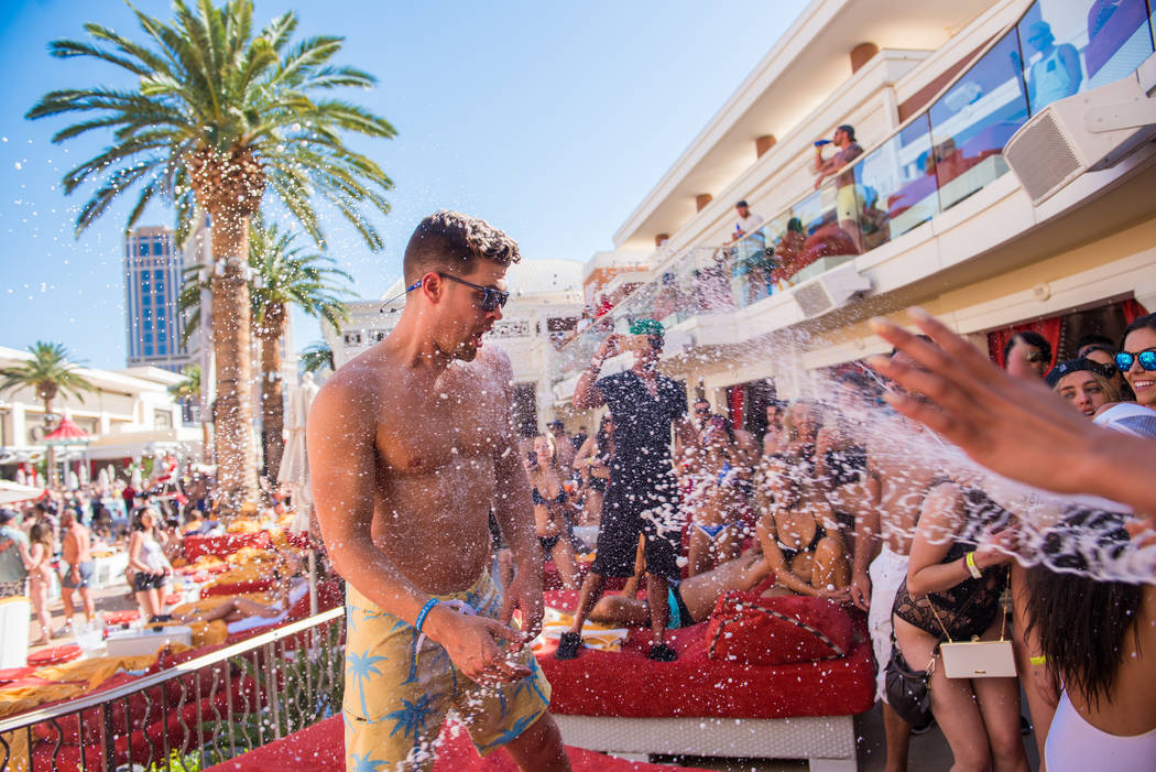 Dustin Lynch Celebrates His 32nd Birthday At Encore Beach Club On Sunday May 14
