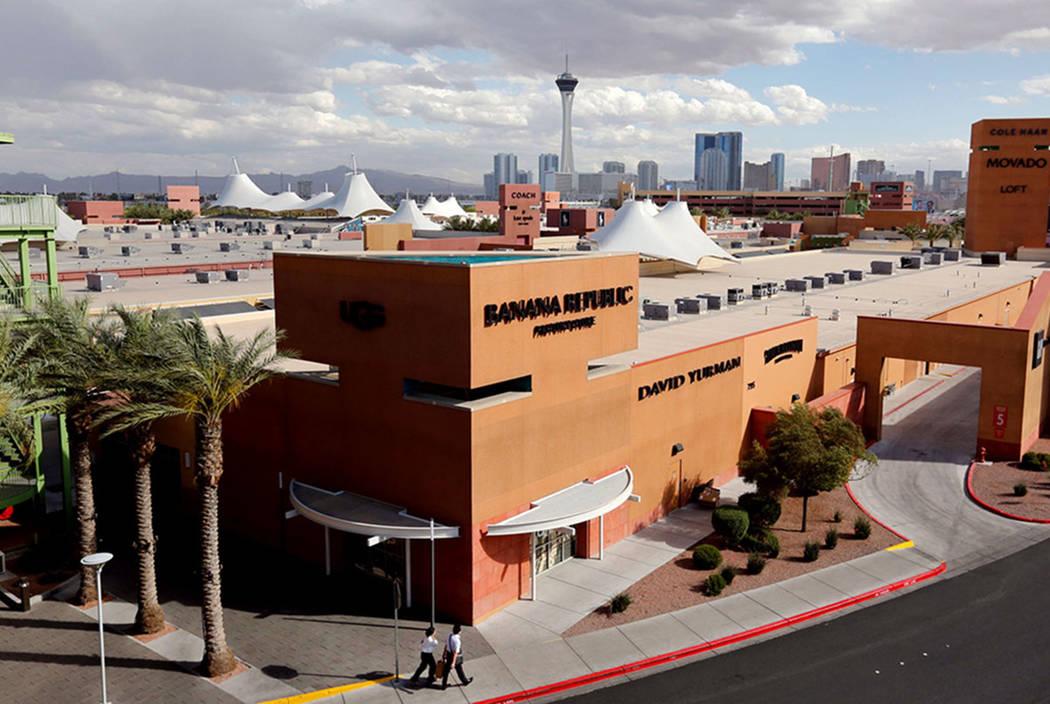 Las Vegas North Premium Outlets in Las Vegas, Wednesday, May 17, 2017. Chitose Suzuki Las Vegas Review-Journal @chitosephoto