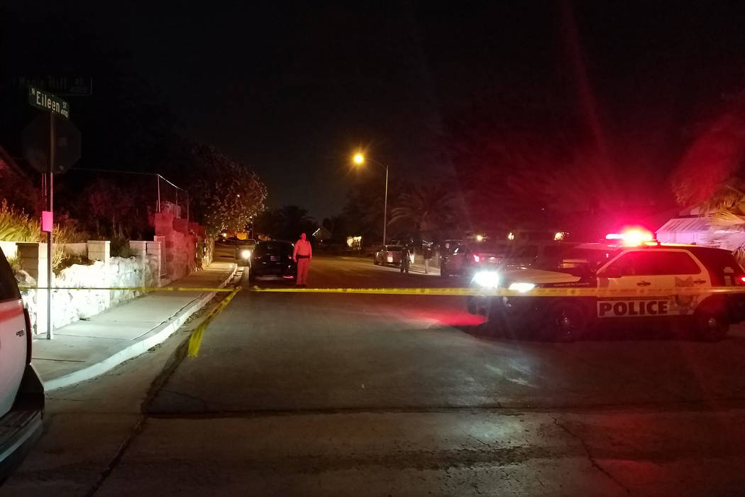 Police investigate a homicide on the 4100 block of Eileen Street on Tuesday, May 16, 2017. (Mike Shoro/Las Vegas Review-Journal)
