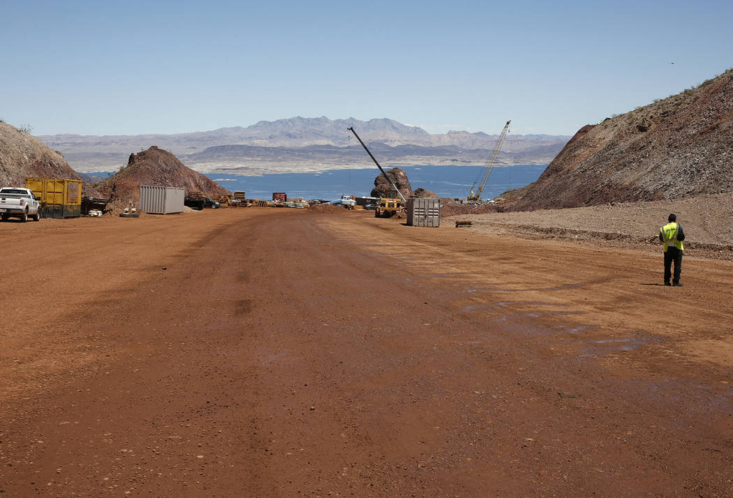 The construction site of I-11 near Lake Mead on Friday, May 19, 2017, in Boulder City. Construction of the first 15 miles of I-11, which will link Las Vegas to Phoenix is making progress. Bizuayeh ...