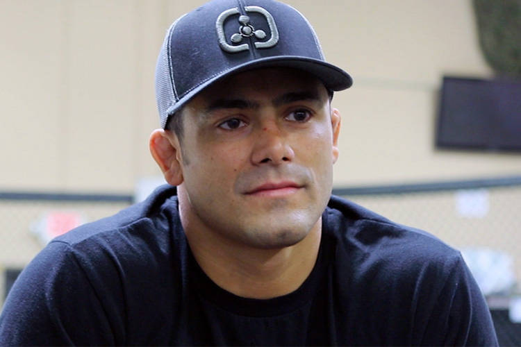 Johnny Nunez from The Ultimate Fighter season 25 recaps the episode's matchup between Dhiego Lima and Hayder Hassan, updates on Cody Garbrandt's back injury and talks about breaking up fights betw ...