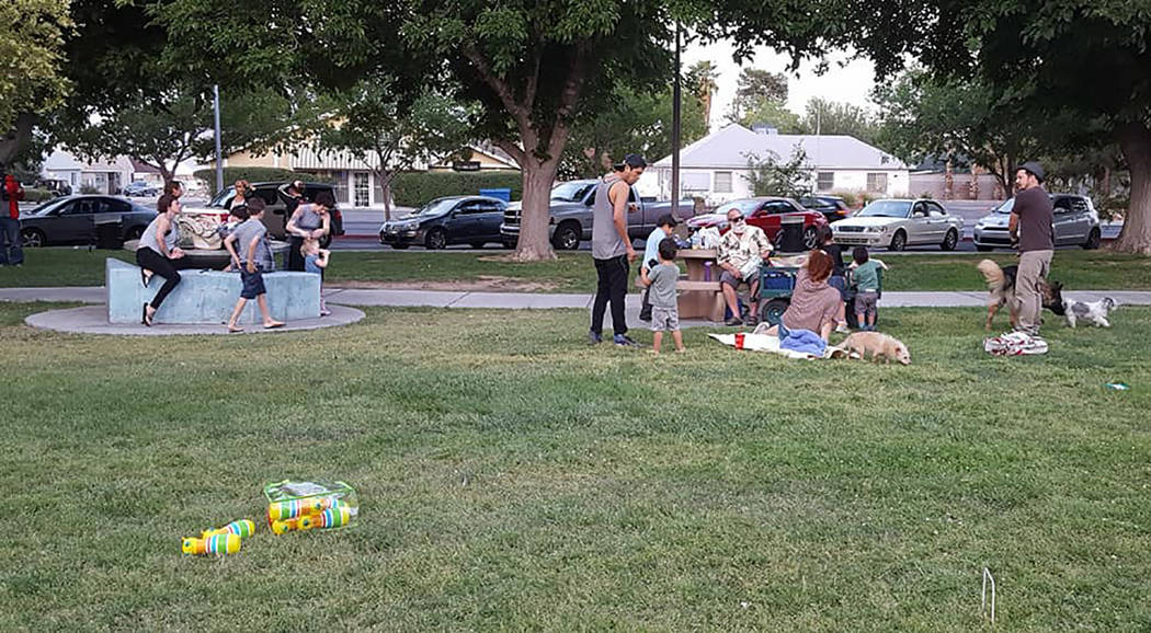 Neighbors from the Huntridge area meet and converse at Huntridge Circle Park, 1251 S. Maryland Parkway on May 16, 2017. The event which takes place on Tuesdays and Thursdays from 6 to 8 p.m. is de ...