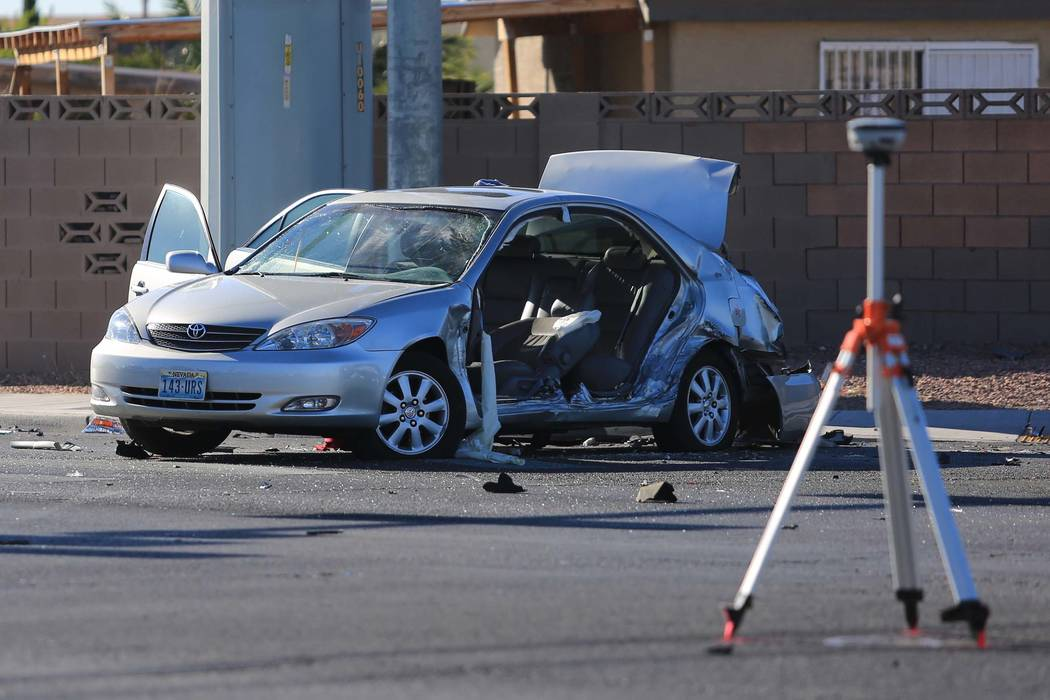 North Las Vegas police investigate a crash at the intersection of Carey Avenue and Simmons Street in North Las Vegas on Friday, May 19, 2017. (Brett Le Blanc Las Vegas Review-Journal) @bleblancpho