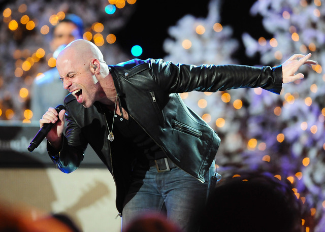 Chris Daughtry performs before The 82nd Annual Hollywood Christmas Parade on Dec. 1, 2013, in Los Angeles. (Gus Ruelas/Reuters)