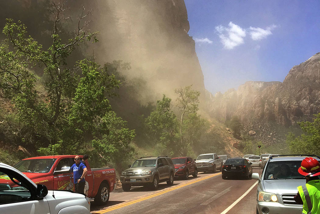 Zion-Mount Carmel Highway road closure (Zion National Park)