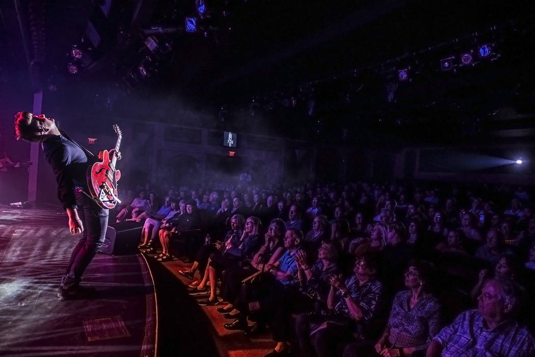 Guitarist Alec Zeilon performs with Frankie Moreno's band at The Showroom at the Golden Nugget on Saturday, May 20, 2017, in Las Vegas. Benjamin Hager Las Vegas Review-Journal @benjaminhphoto