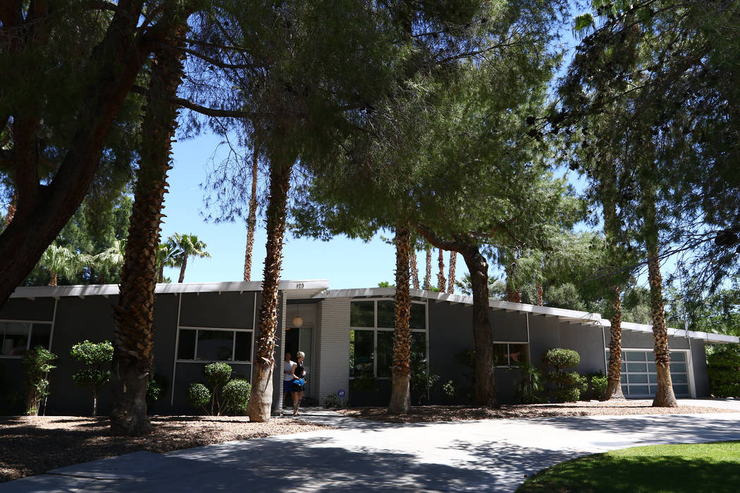A 1967 contemporary ranch home at 125 Stonewood Court in Las Vegas on April 30, 2017. Miranda Alam Las Vegas Review-Journal