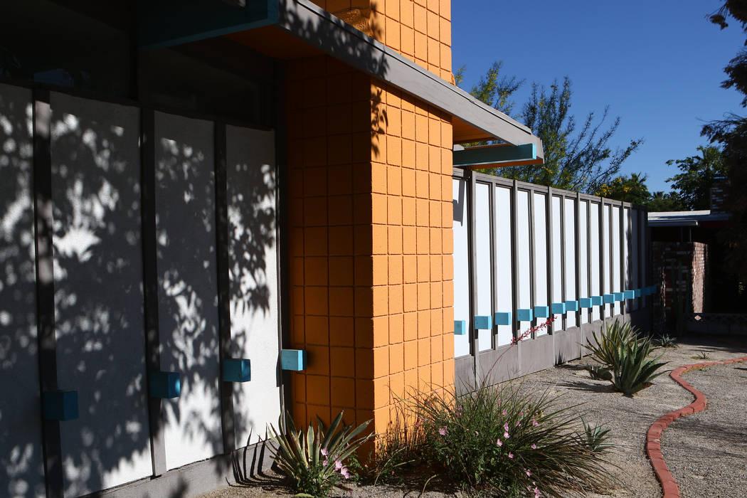 A desert modern/contemporary ranch home at 3124 Burnham Ave. in Las Vegas on April 30, 2017, built in 1962. Miranda Alam Las Vegas Review-Journal