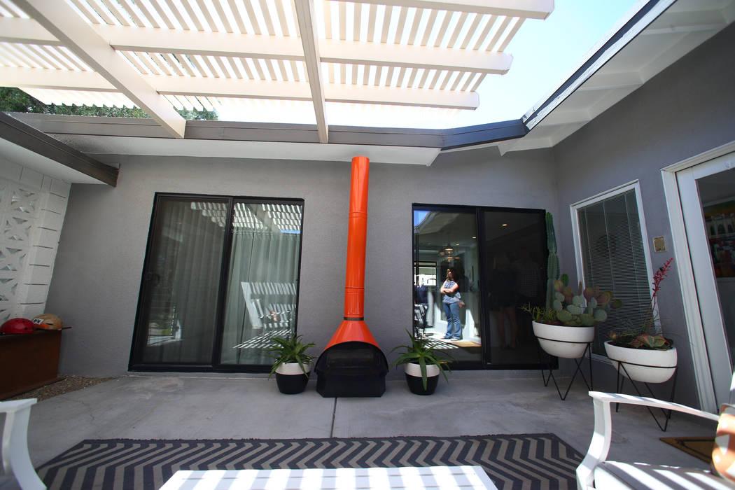 A 1964 contemporary ranch home at 2804 Mason Avenue in Las Vegas on April 30, 2017. Miranda Alam Las Vegas Review-Journal