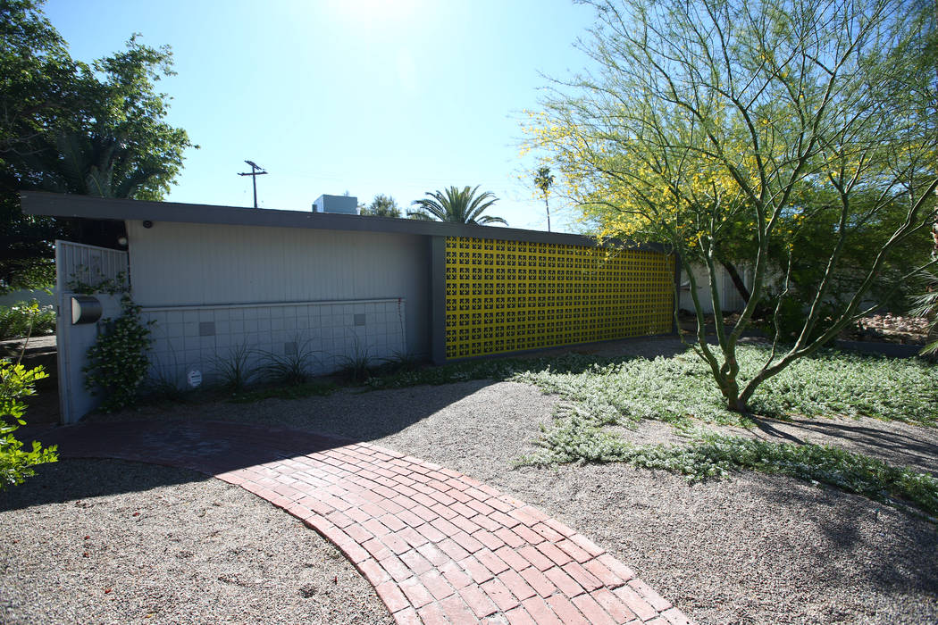 A 1961 contemporary ranch home at 1409 Aztec Way in Las Vegas on April 30, 2017. The home was designed by designed by local architect Hugh Taylor. Miranda Alam Las Vegas Review-Journal