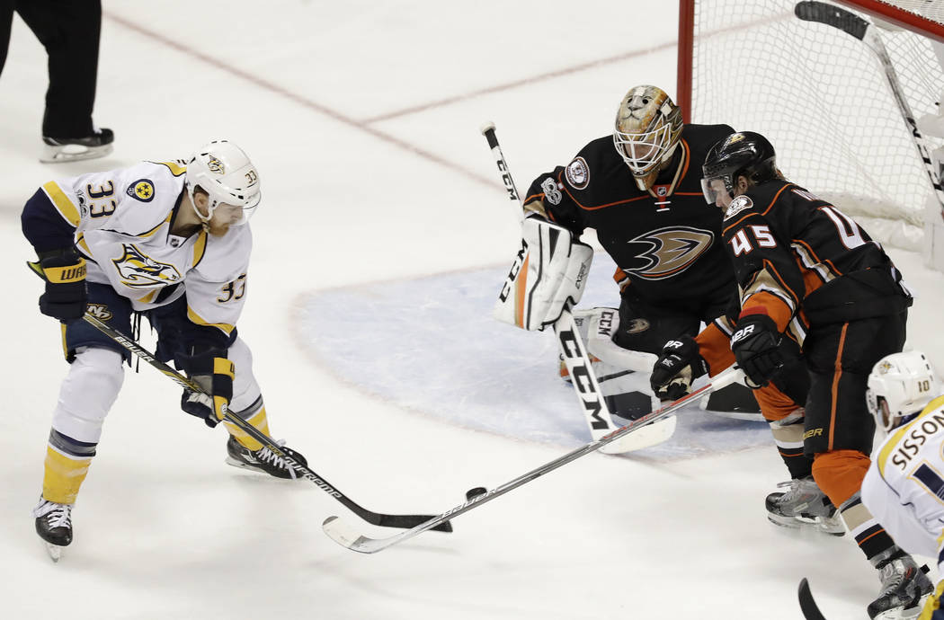 Nashville Predators center Colin Wilson (33) scores against Anaheim Ducks goalie Jonathan Bernier during the second period of Game 5 in the NHL hockey Stanley Cup Western Conference finals in Anah ...