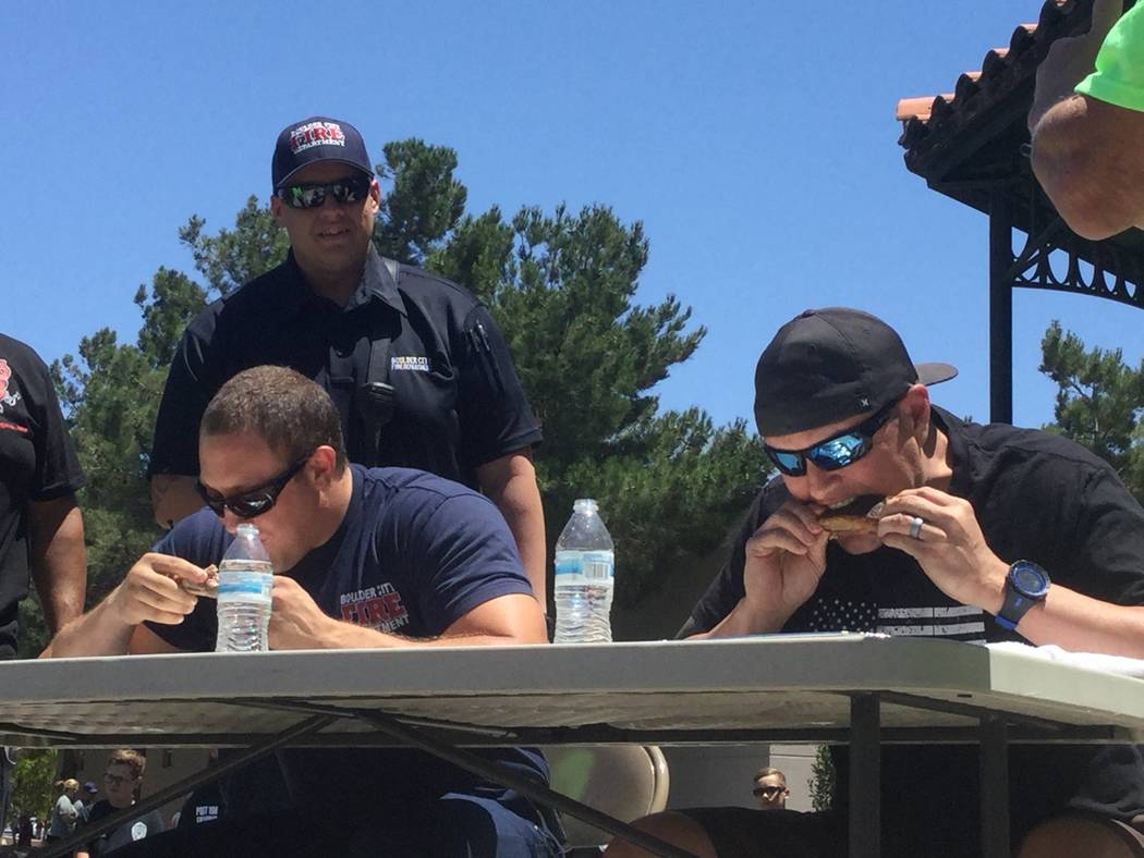 Boulder City firefighters and police officers face off in the annual rib-eating contest at the Best Dam Barbecue Challenge on Saturday, May 28, 2017, in Boulder City (Bailey Schulz Las Vegas Revie ...