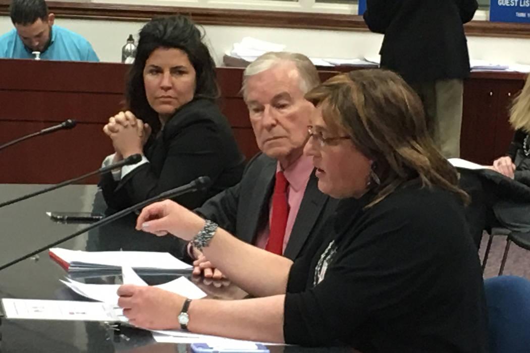 Brooke Maylath of Reno, right, testifies in support of Senate Bill 110 before the Senate Judiciary Committee on Tuesday, Feb. 28, 2017, in Carson City. Bill sponsor Sen. David Parks, D-Las Vegas,  ...