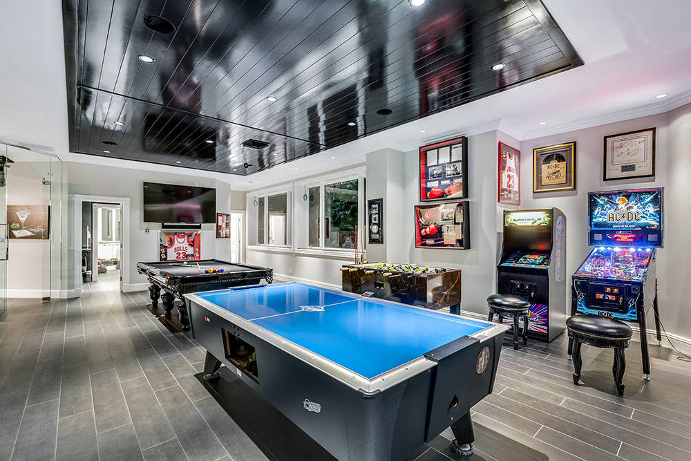 More game room. (The Tom Love Group)