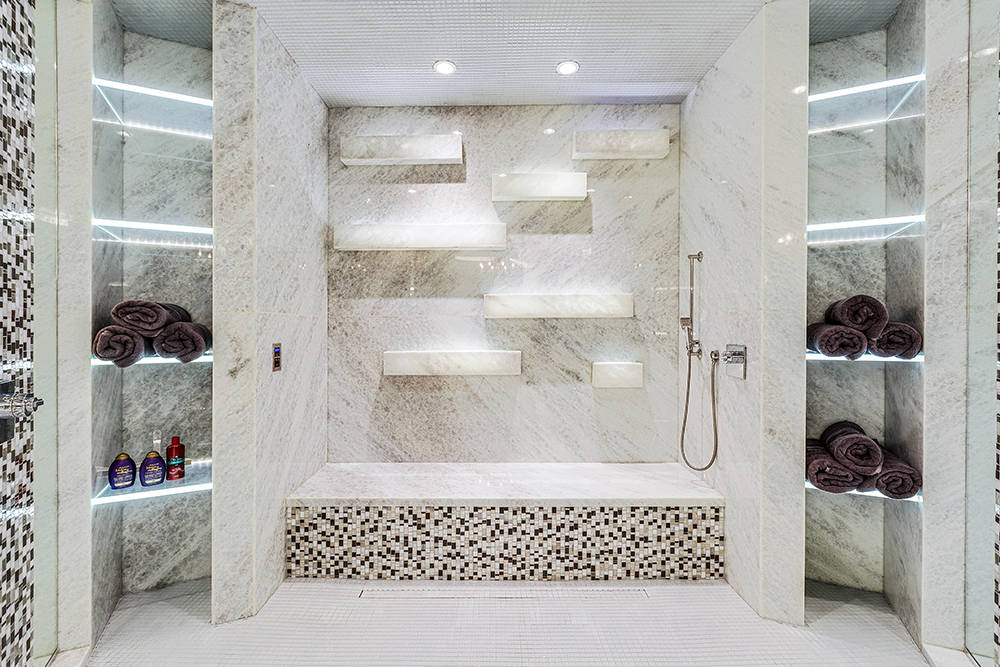 The master shower. (The Tom Love Group)